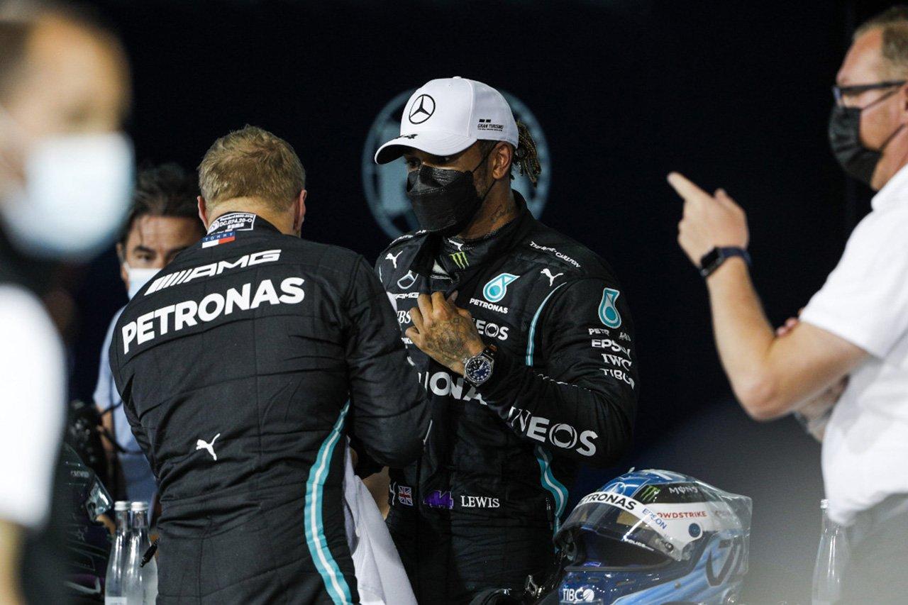 「メルセデスF1はボッタスをラッセルに代えなかったことを後悔する」と元F1エンジニア