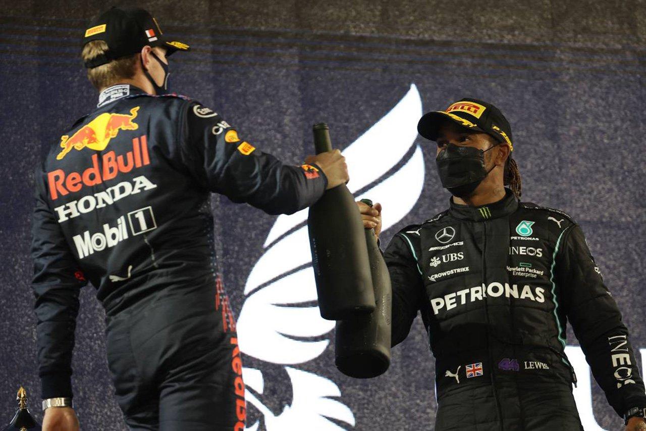 """マックス・フェルスタッペンなら同じF1マシンでハミルトンを""""粉砕""""できる?"""