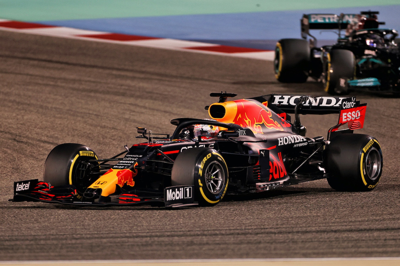 """F1分析:レッドブルの""""ハイレーキ""""がルール変更の影響を受けなかった理由"""