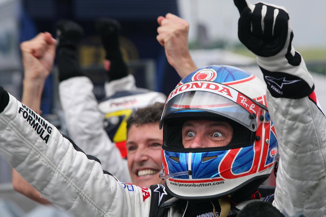 """F1:ジェンソン・バトンの勝利を阻んだBARホンダの""""舞台負け"""""""