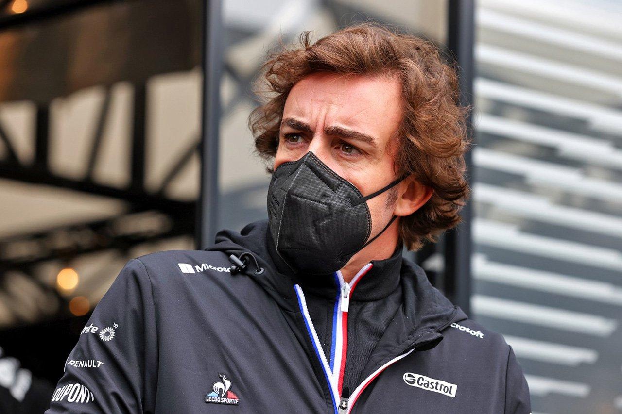 F1:フェルナンド・アロンソ、レース引退まで自叙伝の発表を延期