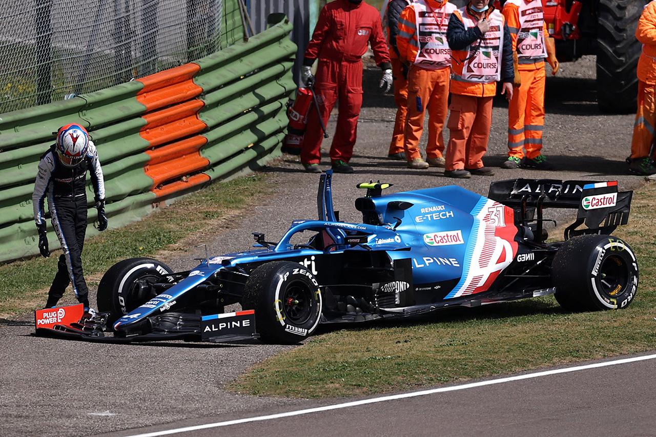 セルジオ・ペレスとエステバン・オコンの接触は事情聴取の末お咎めなし / F1エミリア・ロマーニャGP フリー走行1回目
