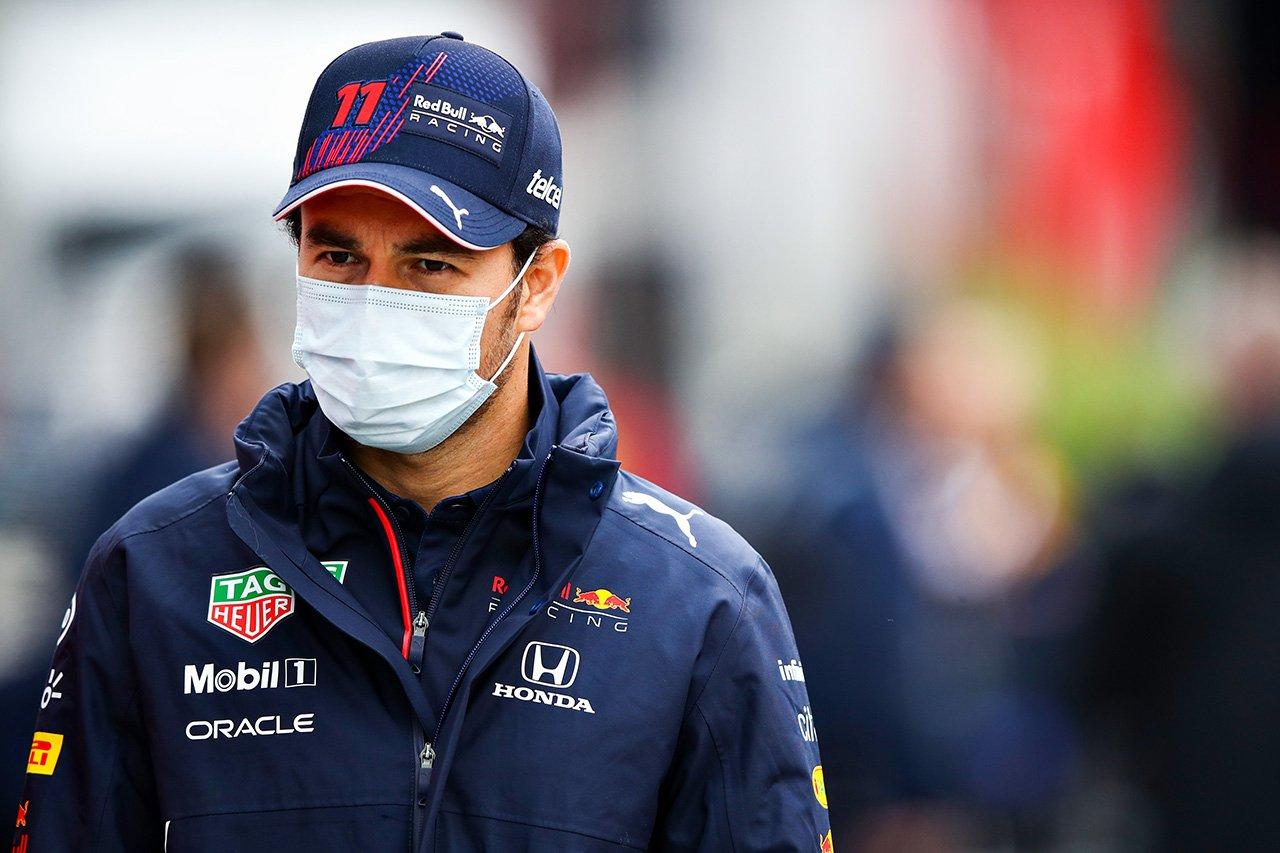 レッドブルF1のセルジオ・ペレス 「予選でリスクと取り続ける必要がある」 / F1エミリア・ロマーニャGP 木曜記者会見