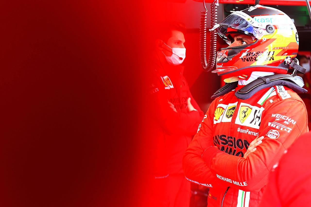 カルロス・サインツ 「まだマシンの経験が不足していることが露呈した」 / フェラーリ F1エミリア・ロマーニャGP 予選