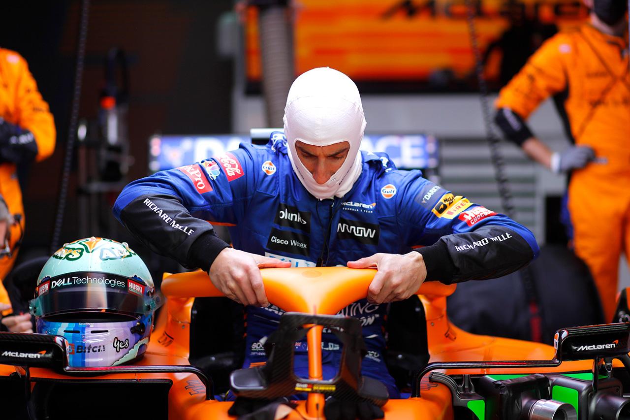 マクラーレンF1のダニエル・リカルド、チームオーダー発令に「プライドは捨てた」