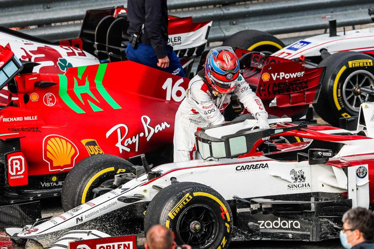 キミ・ライコネン 「ぺナルティに関する警告は何もなかった」 / F1エミリア・ロマーニャGP