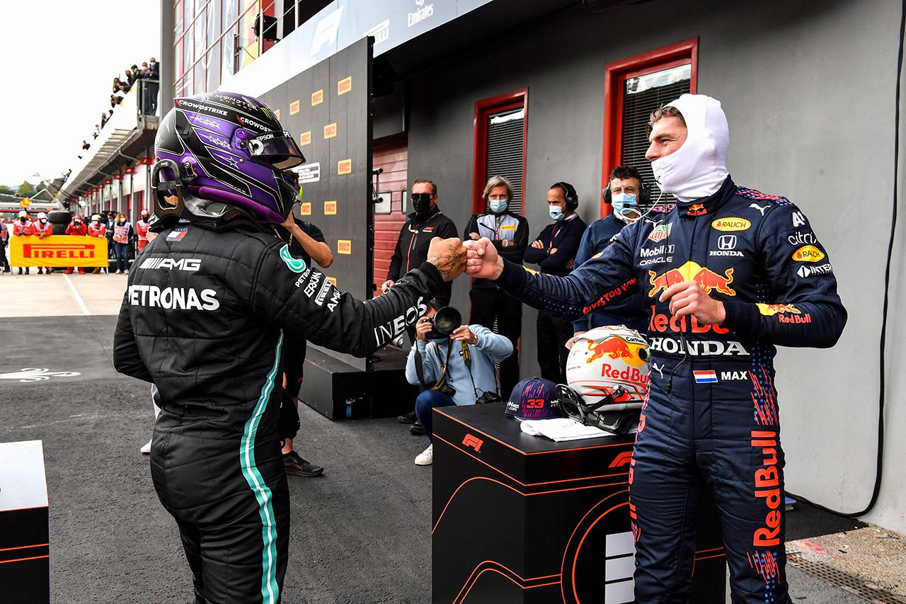 「今季のハミルトンを大きなリスクをとることを余儀なくされている」と元F1王者ジャック・ヴィルヌーヴ
