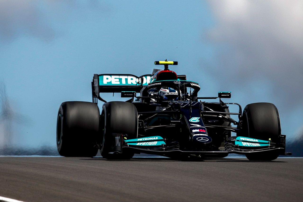 F1ポルトガルGP フリー走行1回目:バルテリ・ボッタスがトップタイム。0.025秒の僅差でレッドブルF1のフェルスタッペン2番手