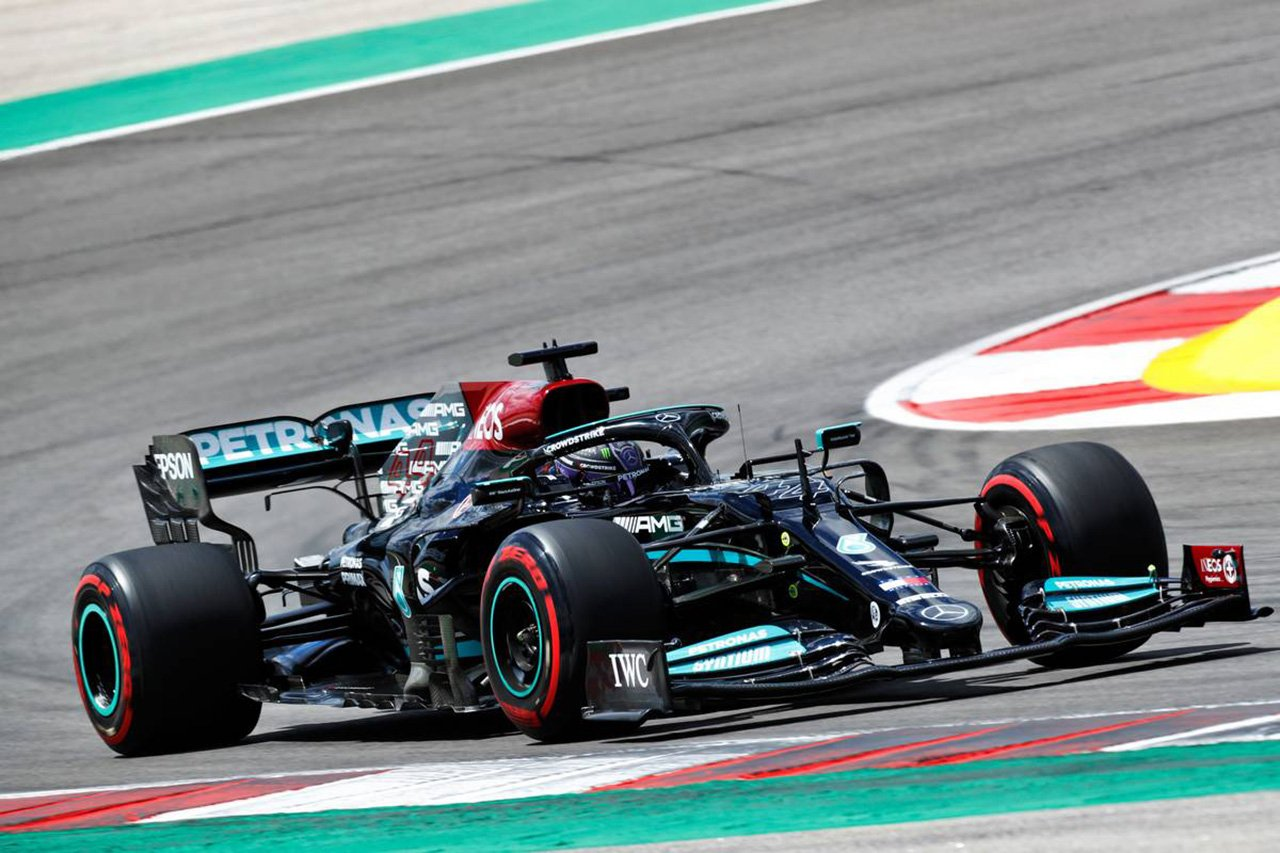 F1ポルトガルGP フリー走行2回目:ルイス・ハミルトンがトップタイム。0.143秒差でレッドブルF1のフェルスタッペンが2番手