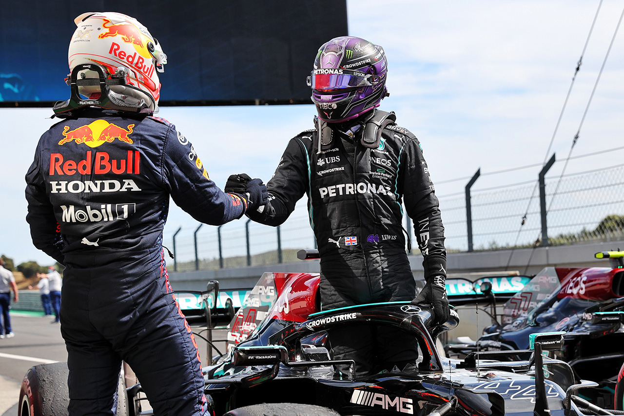 F1ポルトガルGP 決勝:メルセデスのルイス・ハミルトンが今季2勝目。レッドブル・ホンダのマックス・フェルスタッペンが2位表彰台