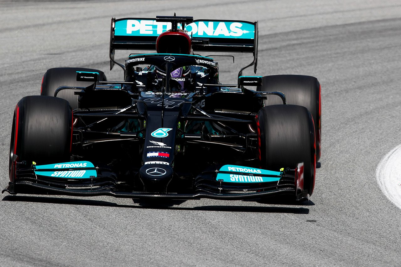 F1スペインGP フリー走行2回目:ハミルトン最速でメルセデスF1がワンツー。レッドブル・ホンダF1は9・10番手