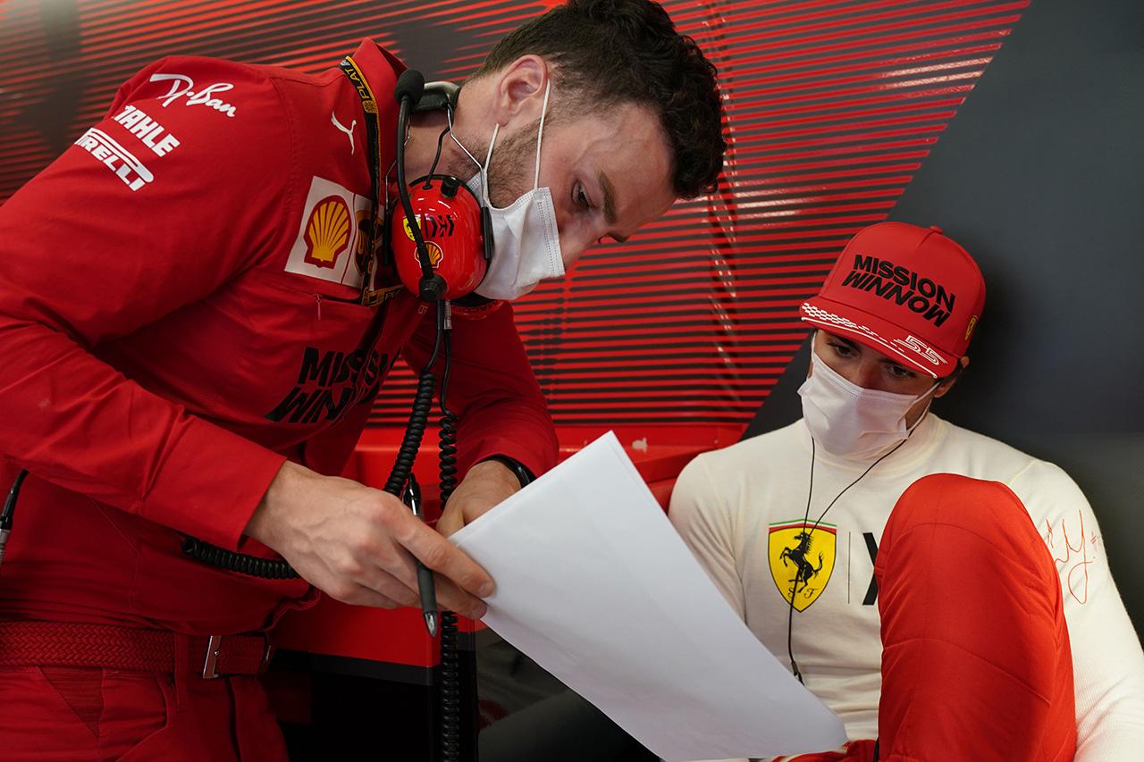 カルロス・サインツ 「FP2でバランスが少し狂ってしまった」 / フェラーリ F1スペインGP 金曜フリー走行