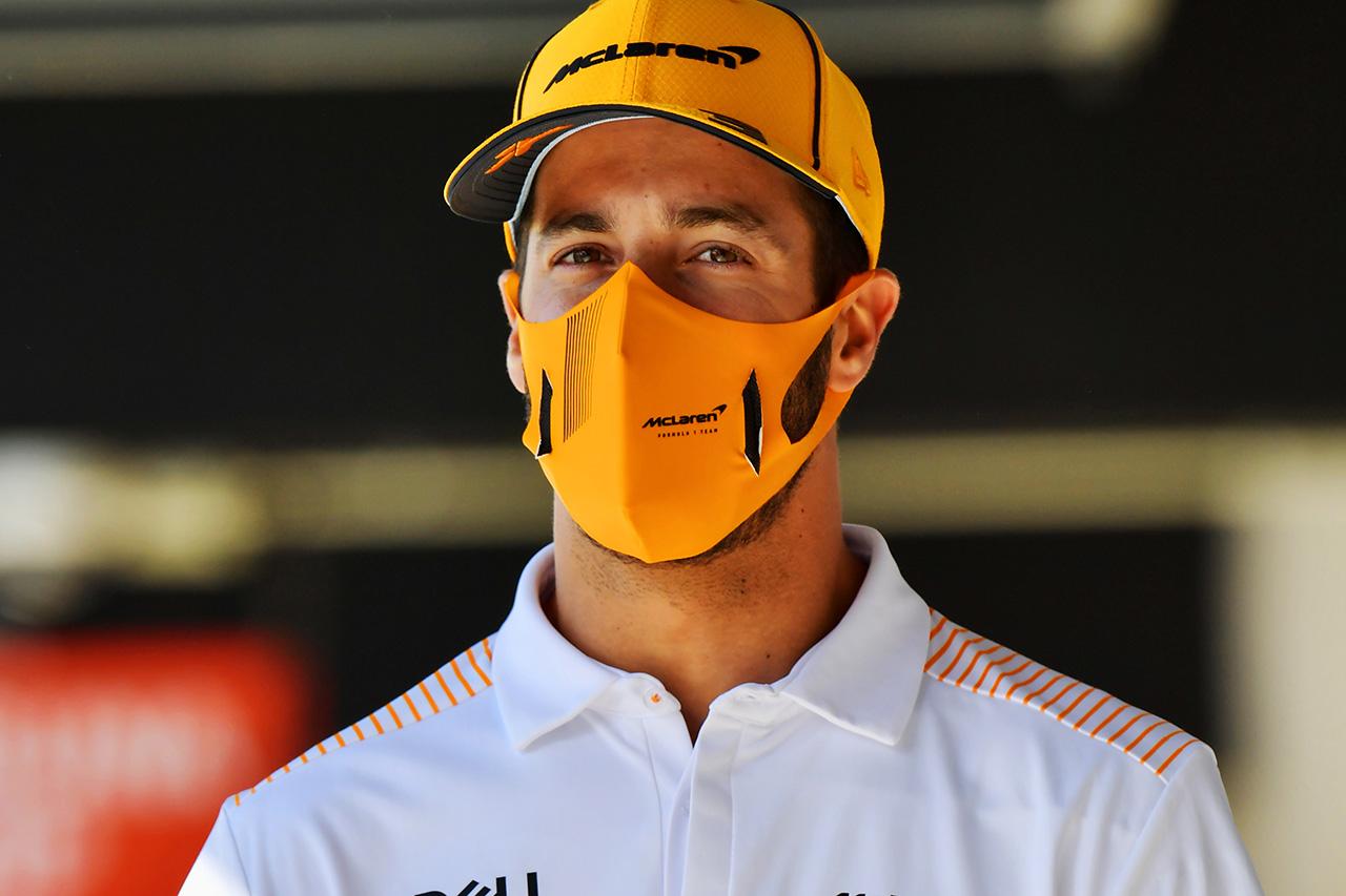 ダニエル・リカルド、15番手も前向き 「1秒以内に15台がいる僅差」 / マクラーレン F1スペインGP 金曜フリー走行