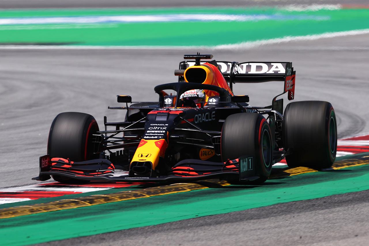 F1スペインGP フリー走行3回目:フェルスタッペンが1分17秒台で最速。セクター3までのタイヤの使い方が鍵