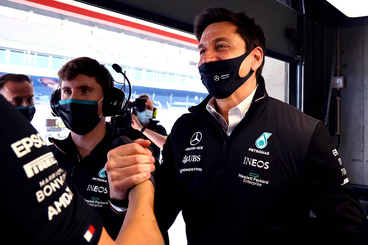 メルセデスF1代表、戦略家が弾き出したプランを称賛「ほぼ完璧な仕事」 / F1スペインGP 決勝