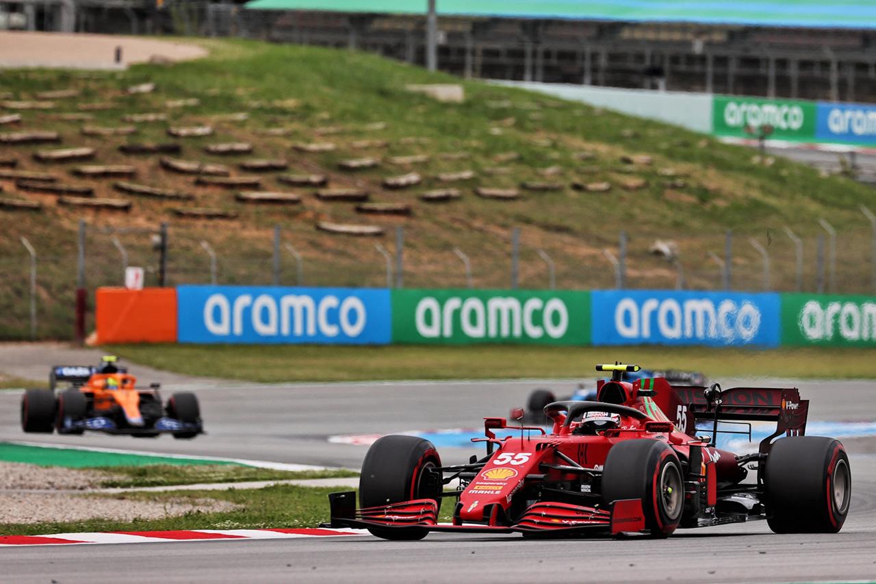 フェラーリF1、マクラーレンとの差を5ポイントに縮める「かなり満足」