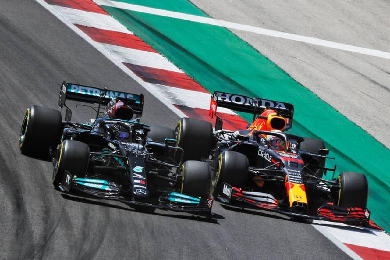 マクラーレンF1、ハミルトン/フェルスタッペンの衝突のおこぼれを狙う
