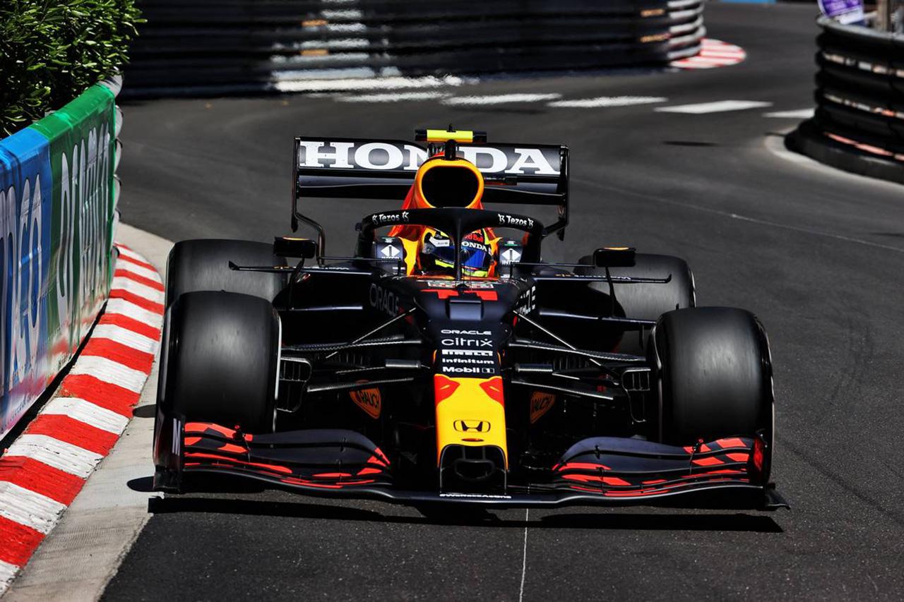 F1モナコGP フリー走行1回目:ペレス&レッドブル・ホンダが首位発進。フェルスタッペン3番手、メルセデスはプログラムに専念