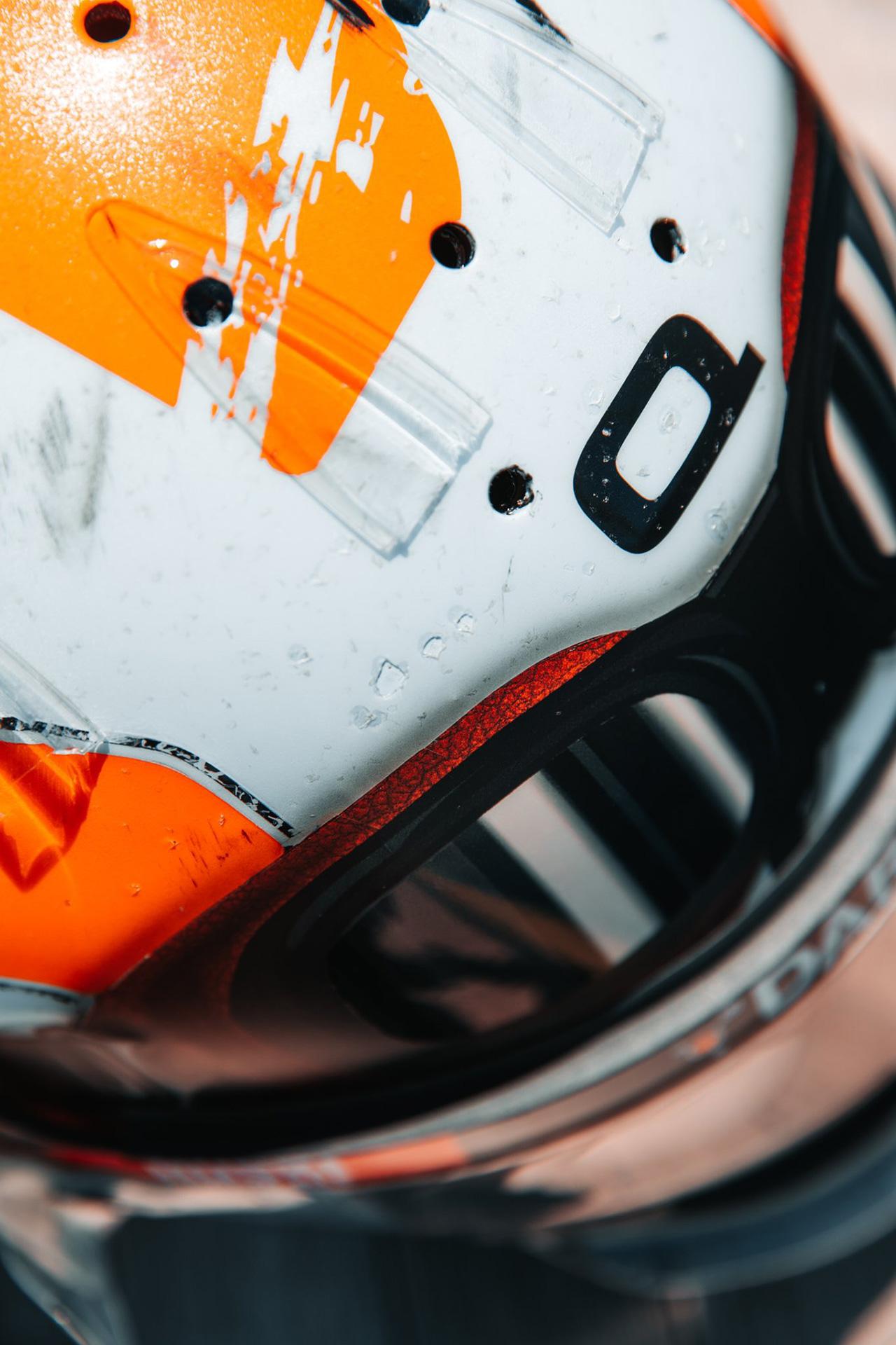 ランド・ノリス 2021 F1モナコGP ガルフカラー ヘルメット