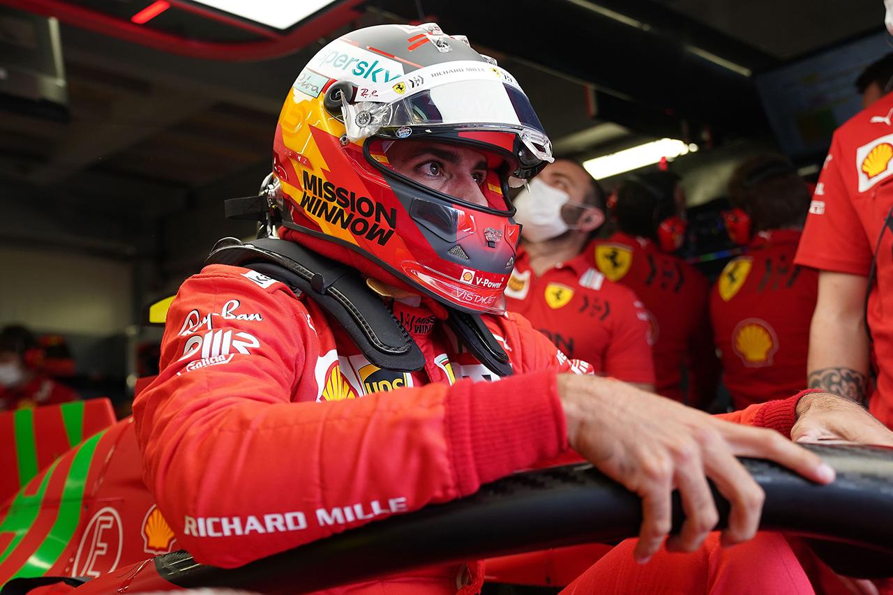 苛立つカルロス・サインツ 「モナコでポールを獲れる初めてのチャンスだった」 / フェラーリ F1モナコGP 予選