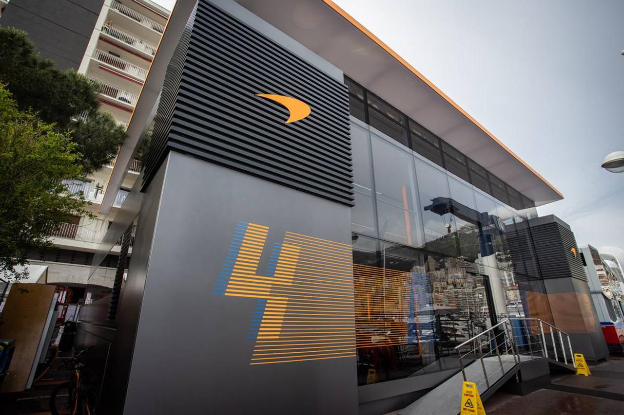 マクラーレンF1、新しいモーターホーム『Team Hub』がデビュー / F1モナコGP