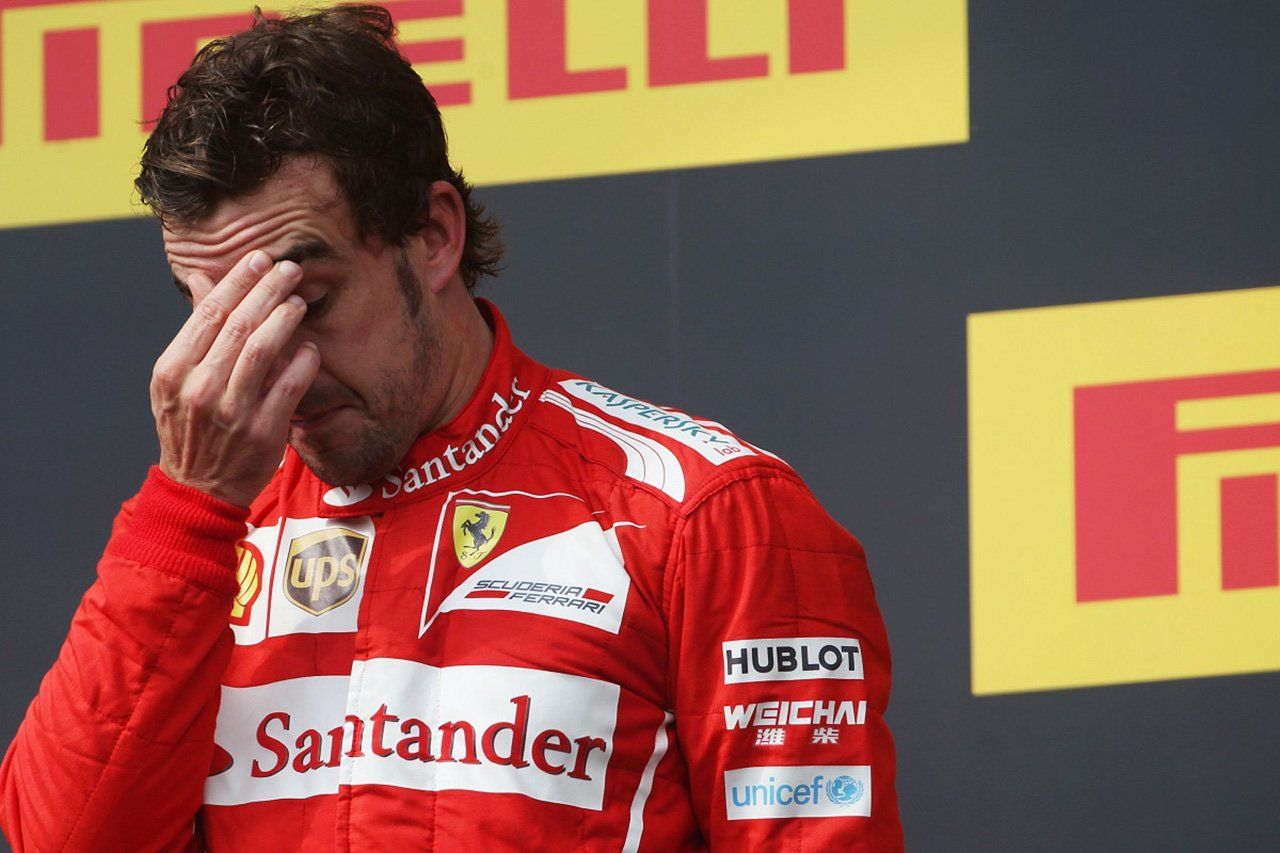 フェルナンド・アロンソ 「僕の未勝利のF1表彰台は葬式のようなだった」