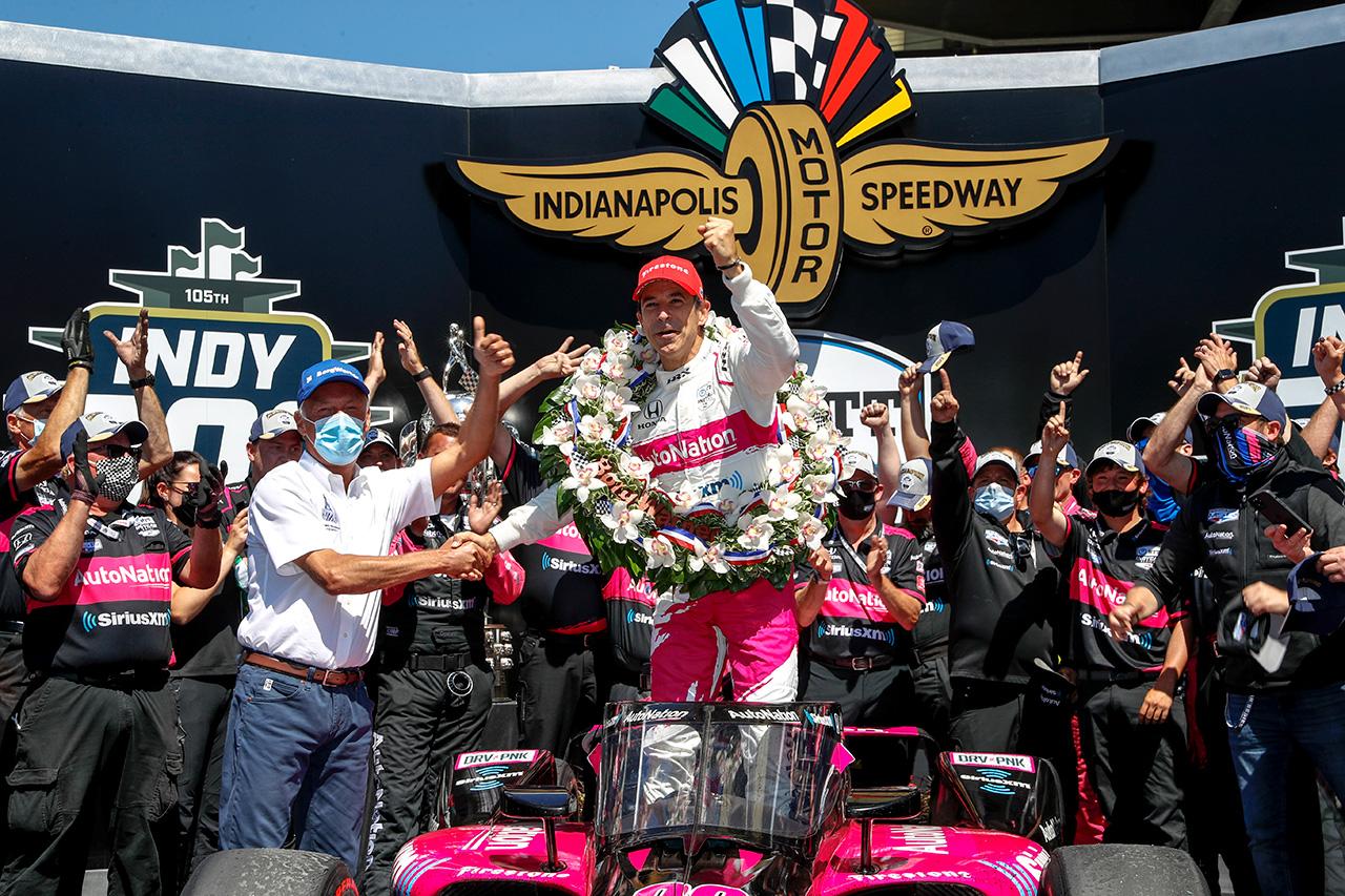 エリオ・カストロネベス、歴代最多に並ぶインディ500での4勝目を挙げる 「ホンダは素晴らしい」