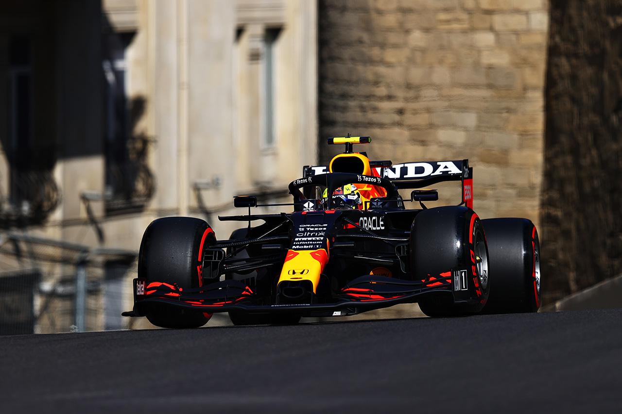 F1アゼルバイジャンGP フリー走行2回目:レッドブルF1のペレスが最速。ホンダF1エンジン全4台がトップ10入り