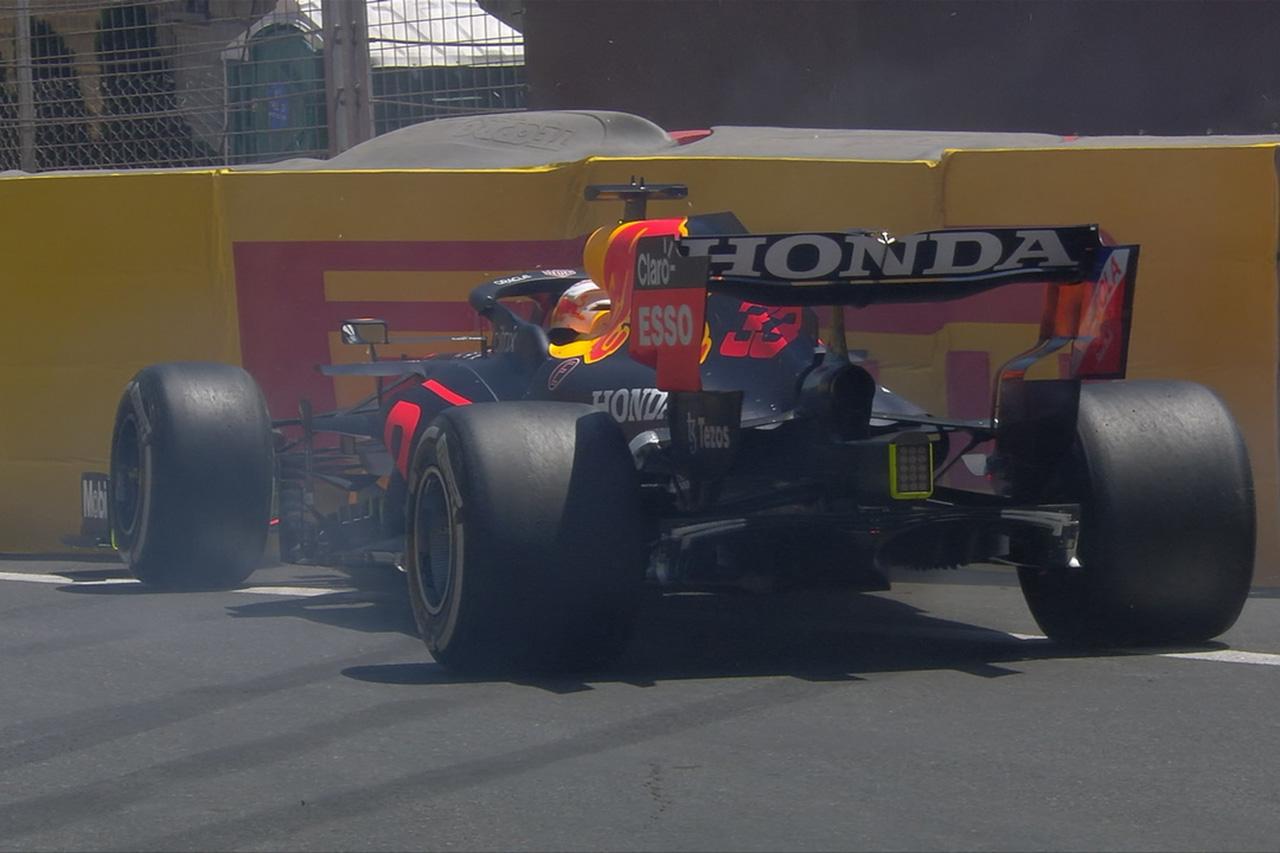 【動画】 レッドブルF1のマックス・フェルスタッペンがクラッシュ / F1アゼルバイジャンGP フリー走行3回目