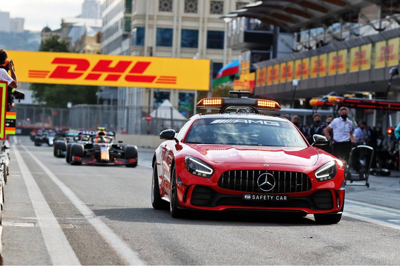 シャルル・ルクレール 「セーフティカー導入が遅かった理由を知りたい」 / F1アゼルバイジャンGP