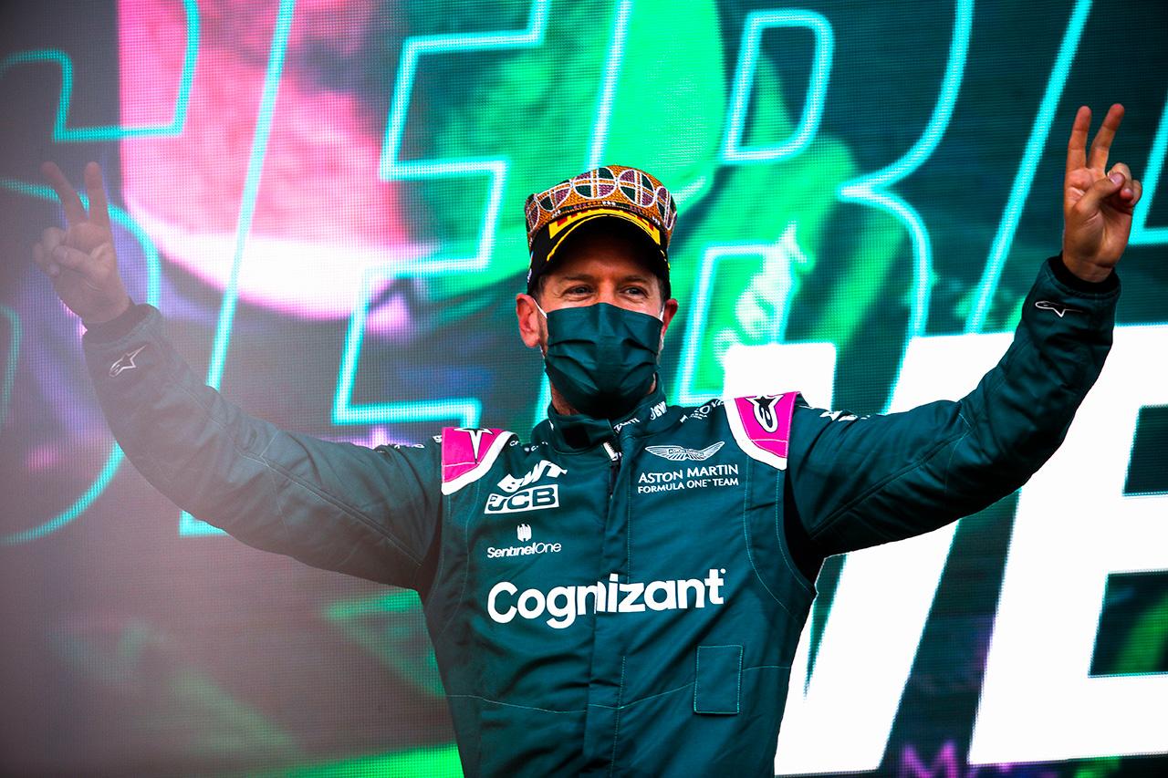 セバスチャン・ベッテル 「僕とチームにとって大きな意味のある2位表彰台」 / アストンマーティン F1アゼルバイジャンGP 決勝