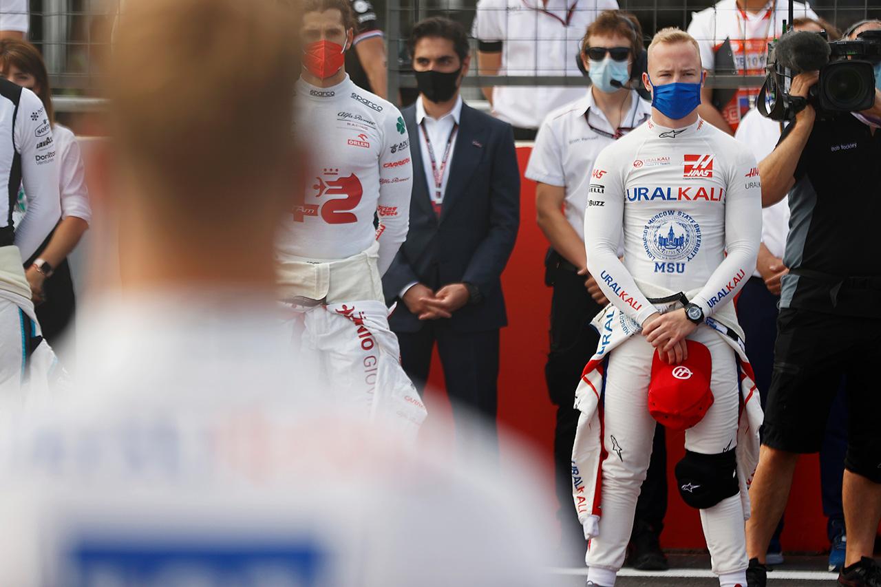 ミック・シューマッハ、ニキータ・マゼピンに激怒 「殺す気か?」 / F1アゼルバイジャンGP 決勝