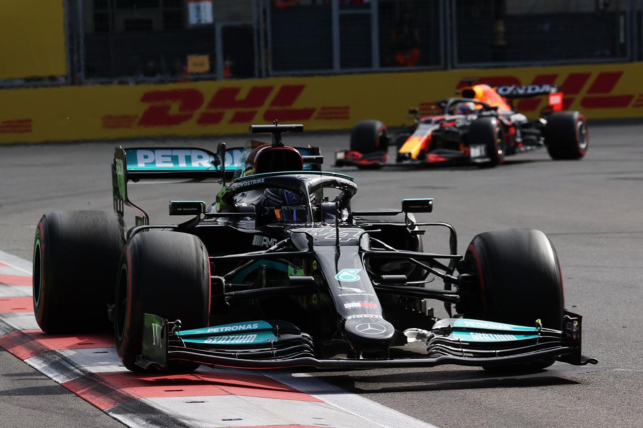 ルイス・ハミルトン 「レッドブル・ホンダF1はメルセデスよりも速い」