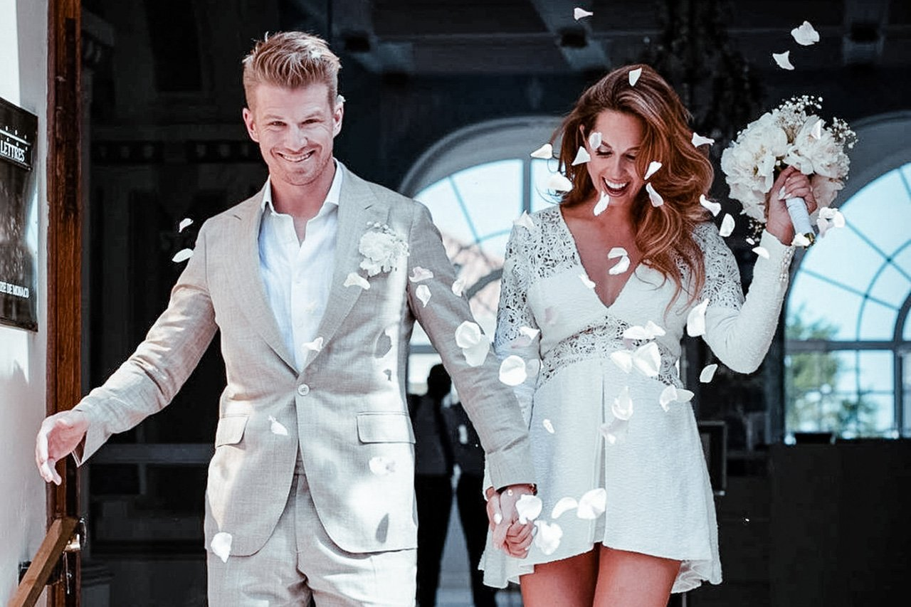 F1:ニコ・ヒュルケンベルグ、長年交際のファッションデザイナーと結婚