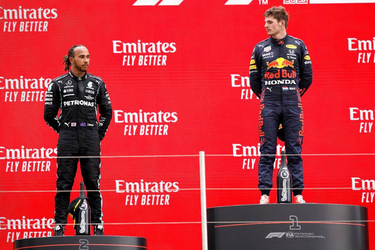 """レッドブル・ホンダF1のマックス・フェルスタッペン、""""ハミルトンより0.2秒速く走れる""""発言を説明"""