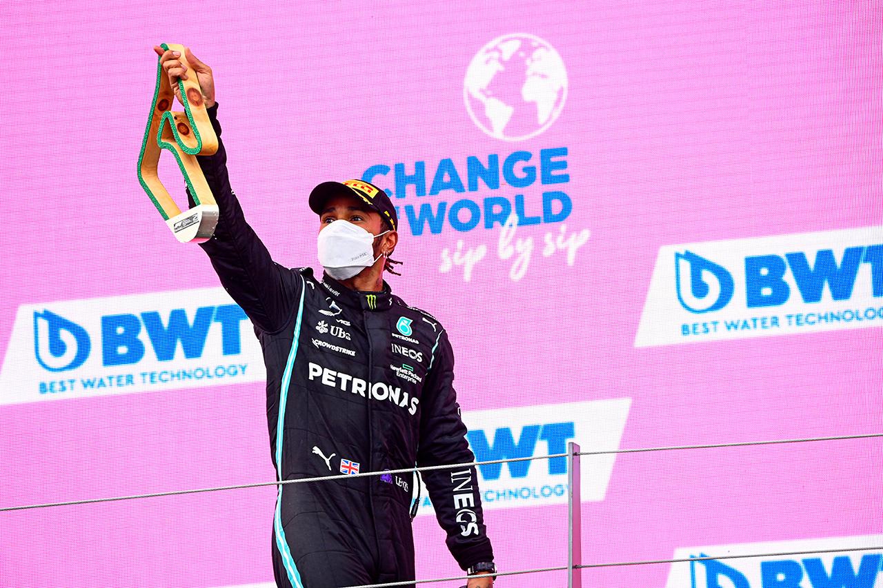 ルイス・ハミルトン 「レッドブル・ホンダに追いつくのは不可能だった」 / F1シュタイアーマルクGP 決勝