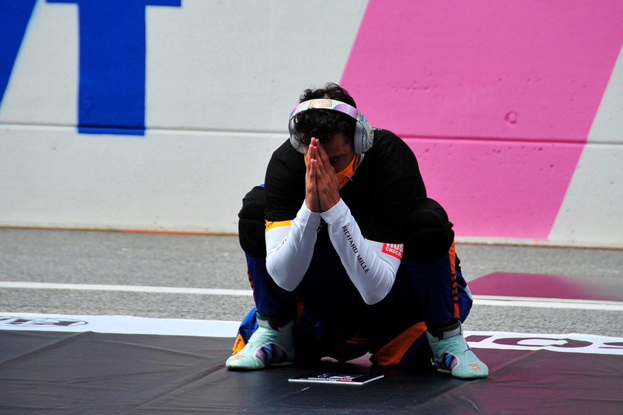 レッドブルF1代表 「マクラーレンでのリカルドの苦境を見るのは悲しい」