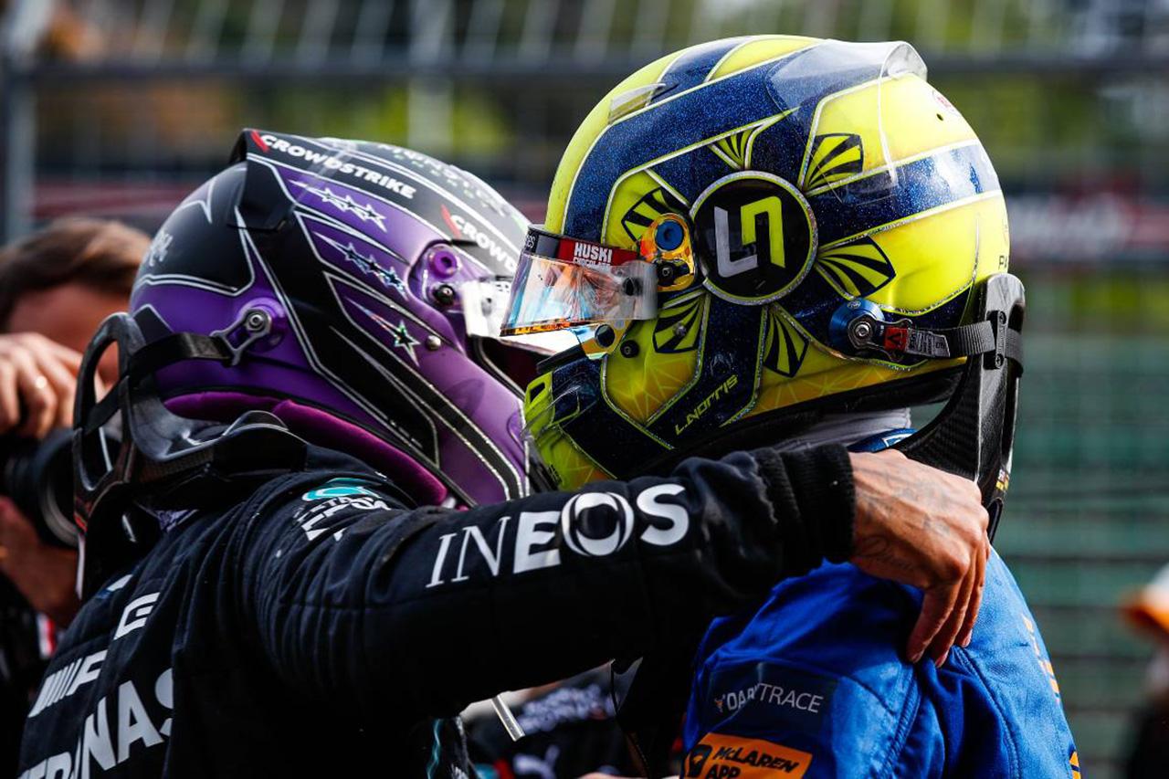 F1:ルイス・ハミルトンのノリス称賛はラッセル拒否の意思表示?