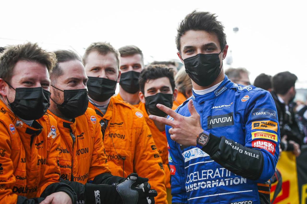 F1:強盗被害のランド・ノリス 「僕は元気。みんなのメッセージに感謝」