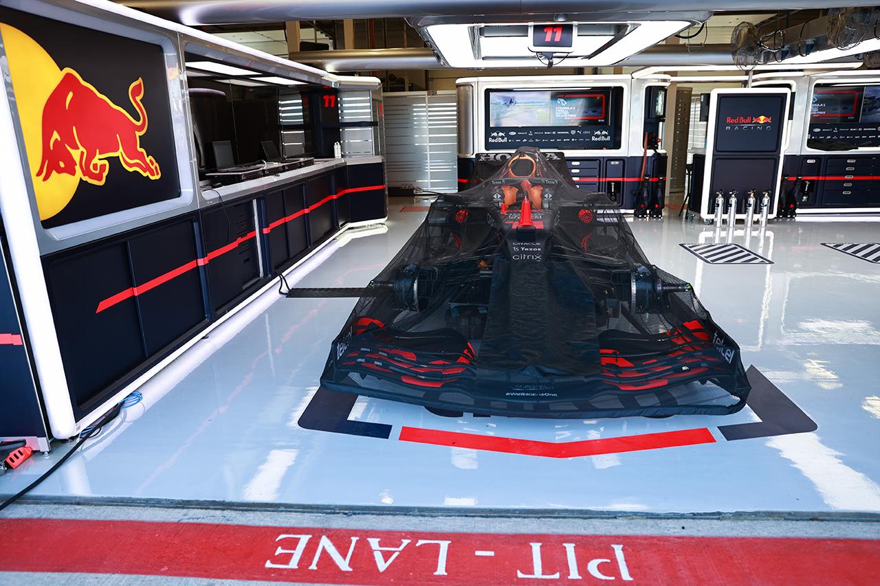 レッドブルF1のセルジオ・ペレス、F1イギリス決勝はピットレーンスタート