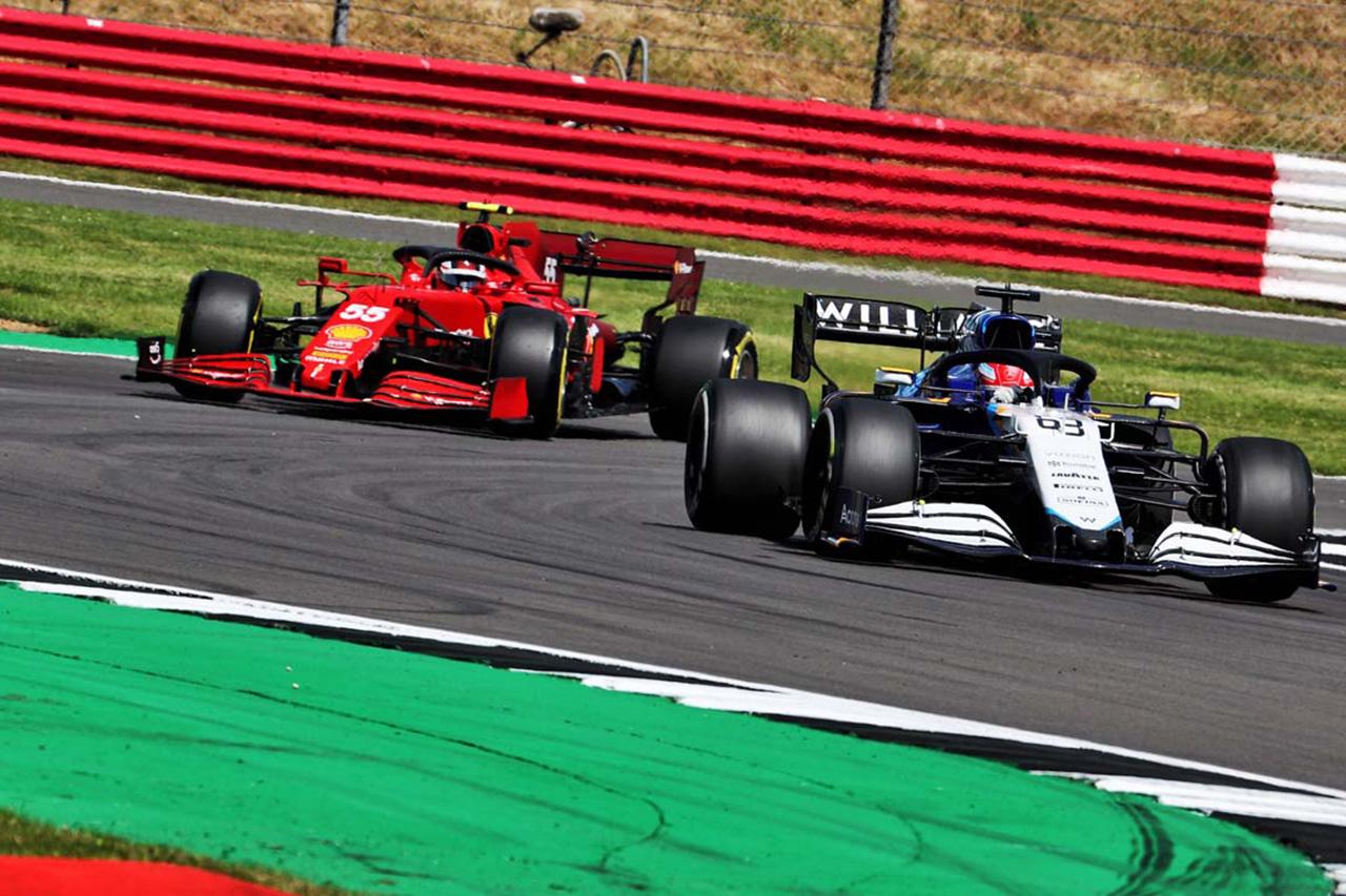 ジョージ・ラッセル、サインツとの接触に3グリッド降格ペナルティ / F1イギリスGP スプリント予選