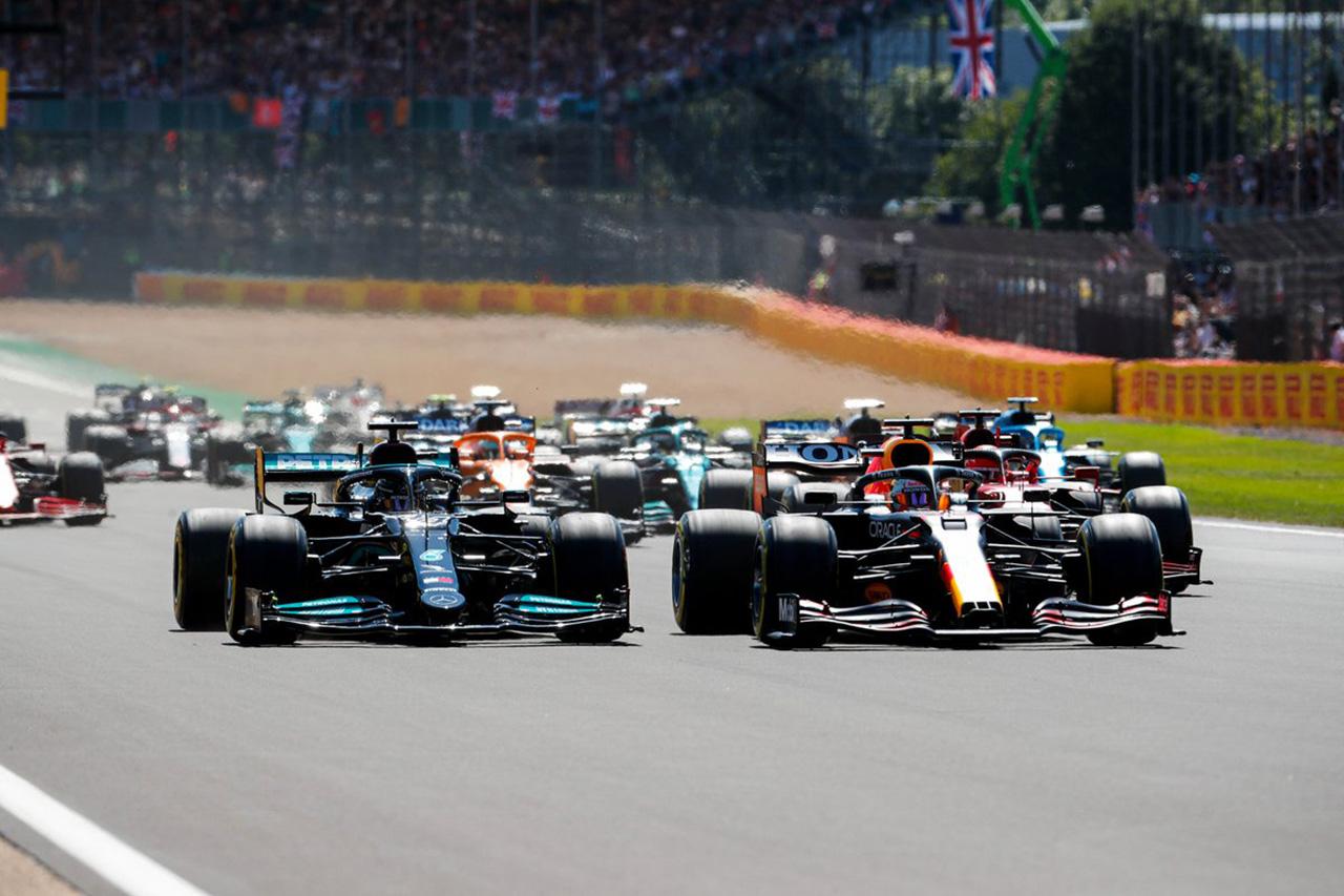 【速報】 F1イギリスGP 決勝 結果:ルイス・ハミルトンが逆転優勝。角田裕毅が10位入賞