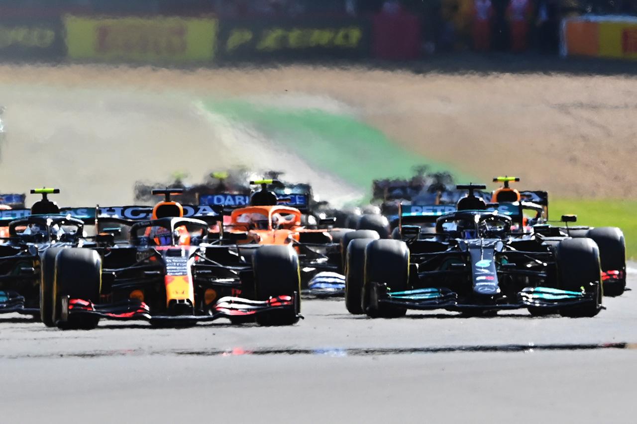ミカ・ハッキネン 「フェルスタッペとハミルトンは今後どちらも退かない」 / F1イギリスGP決勝