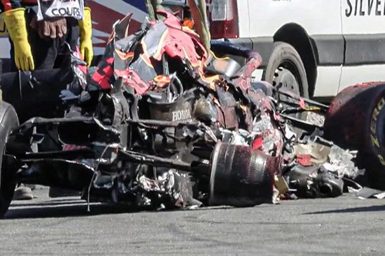 レッドブル・ホンダF1のマックス・フェルスタッペン、51GのクラッシュでRB16Bのシートが破損