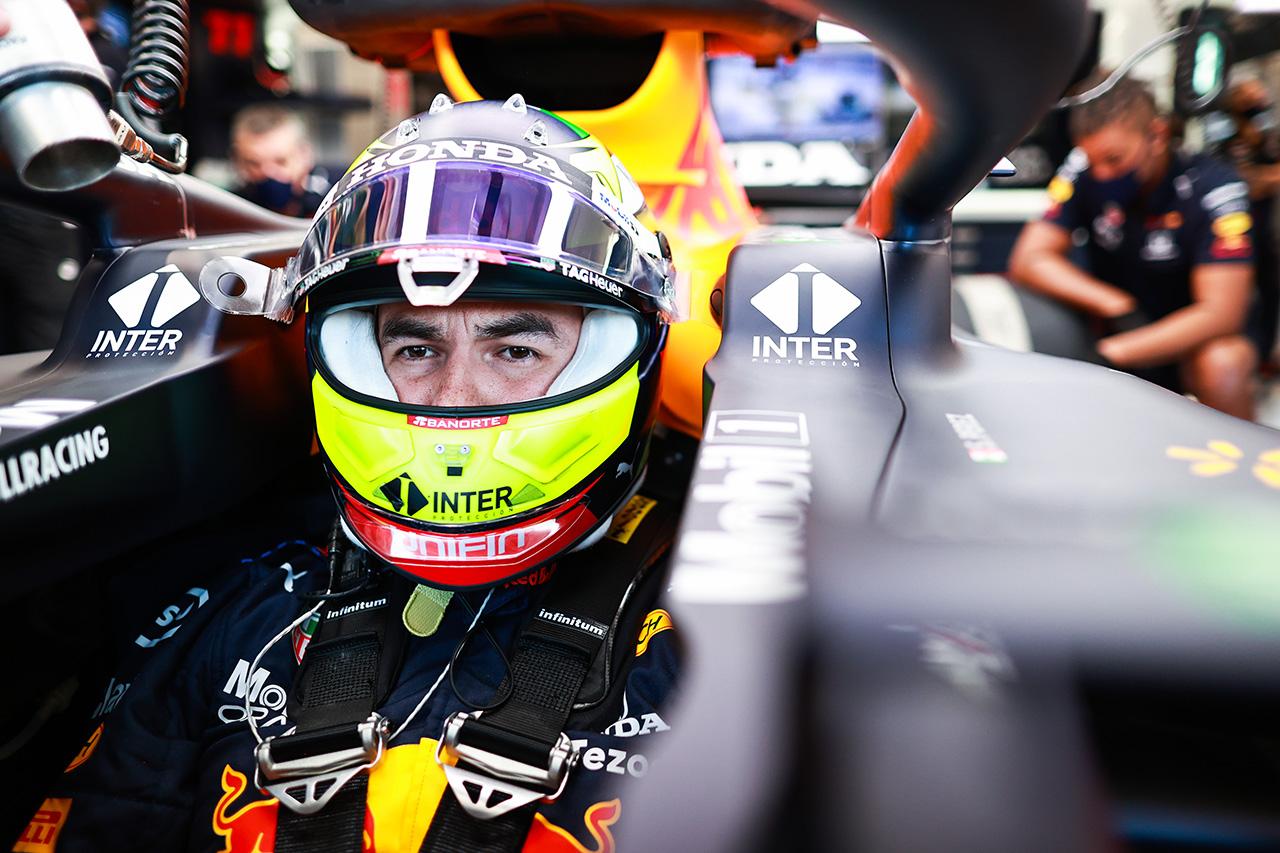 レッドブル・ホンダF1のセルジオ・ペレス 「タイムが上がらなかったのはトラフィックのせい」 / F1ハンガリーGP 金曜フリー走行