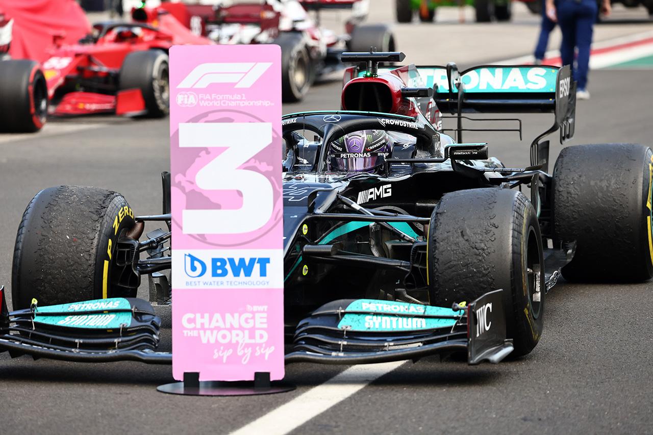 ルイス・ハミルトン 「すべてを出し切って最後は何も残っていなかった」 / メルセデス F1ハンガリーGP 決勝