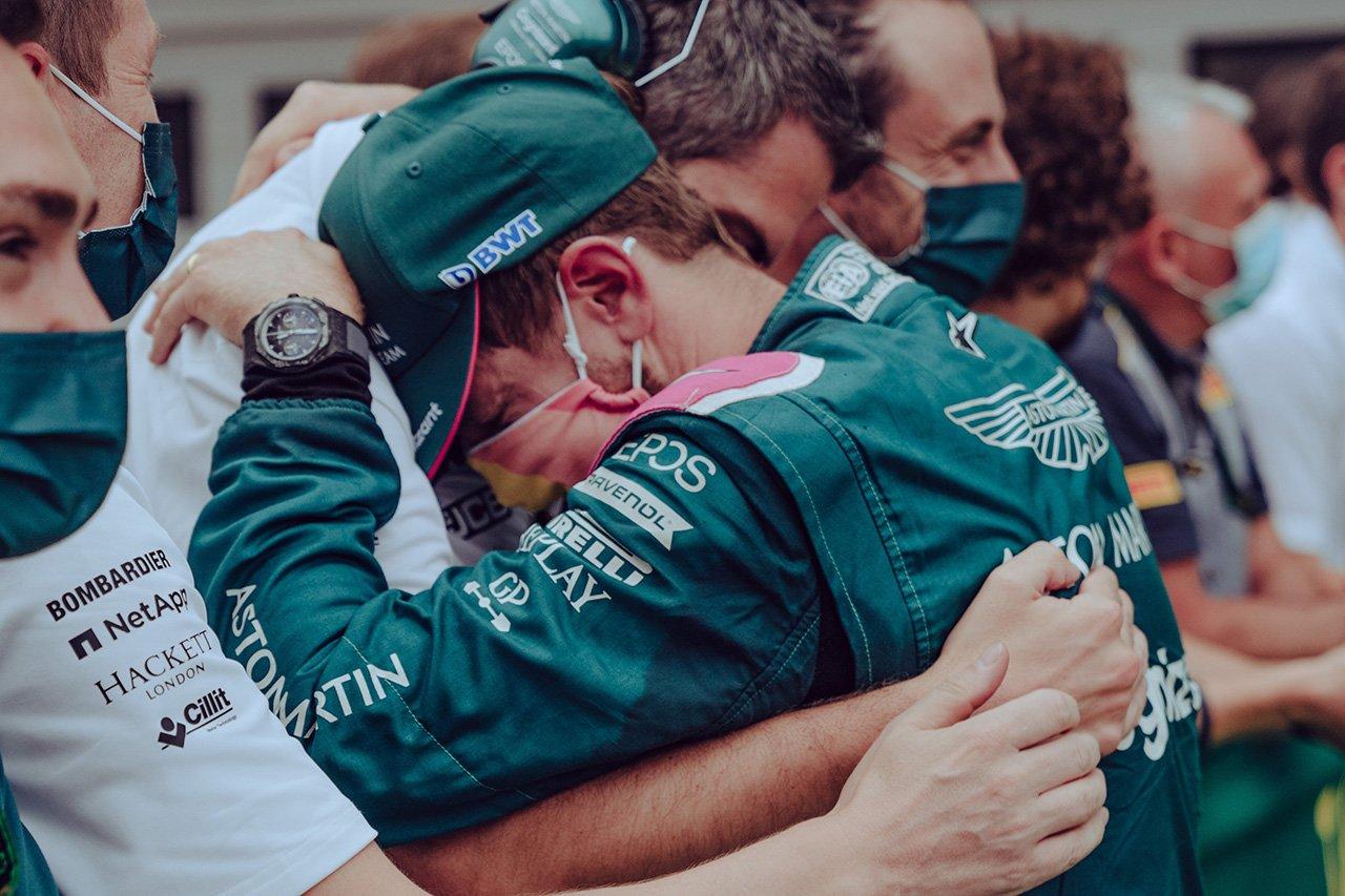 2位フィニッシュのセバスチャン・ベッテル、燃料サンプル違反で失格 / F1ハンガリーGP 決勝