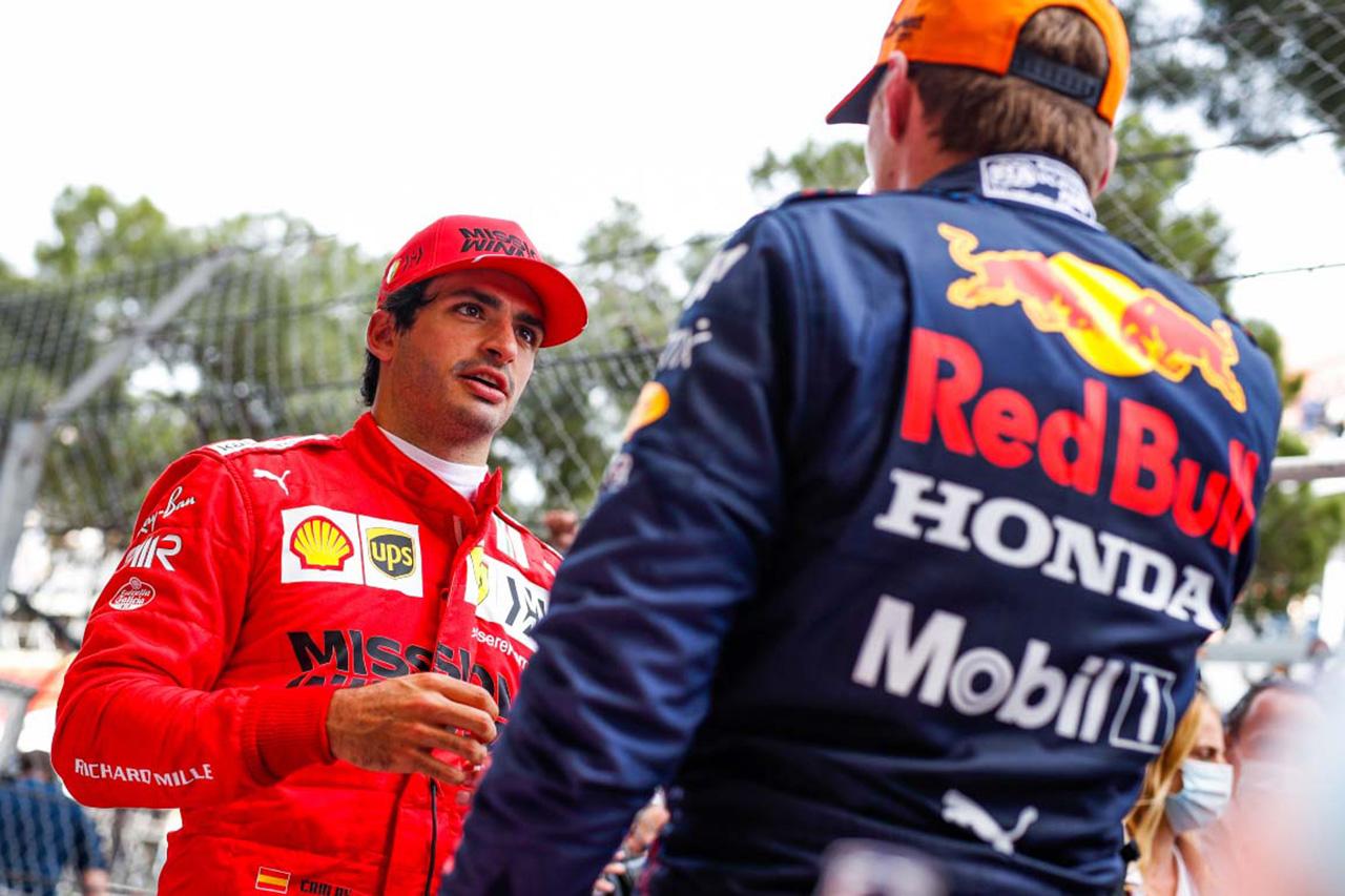 フェラーリF1のカルロス・サインツ 「チームメイトより劣ると感じたことは一度もない」