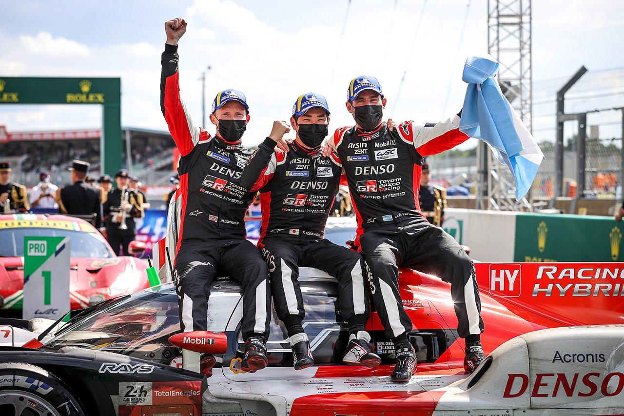 トヨタ自動車 豊田章男氏、7号車初勝利に「ずっと申し訳ない気持ちでいっぱいでした」 / ル・マン24時間レース