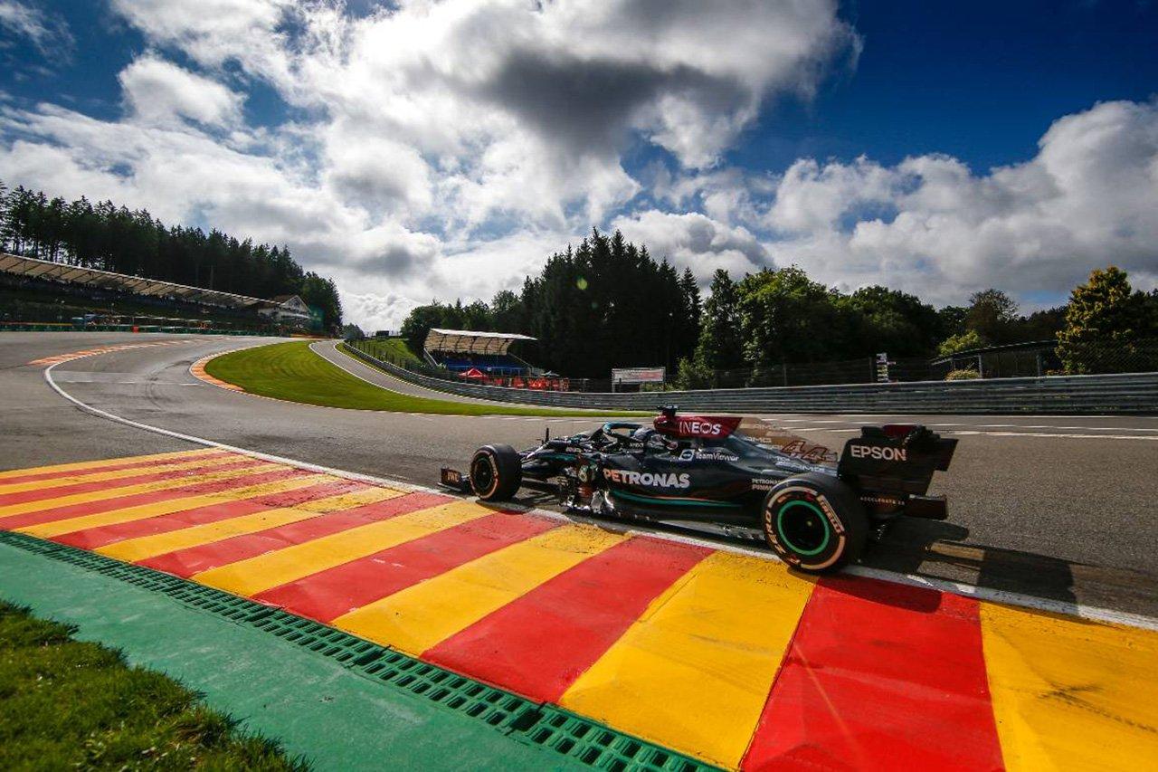 メルセデスのルイス・ハミルトン 「オールージュに酷いバンプができている」 / F1ベルギーGP初日